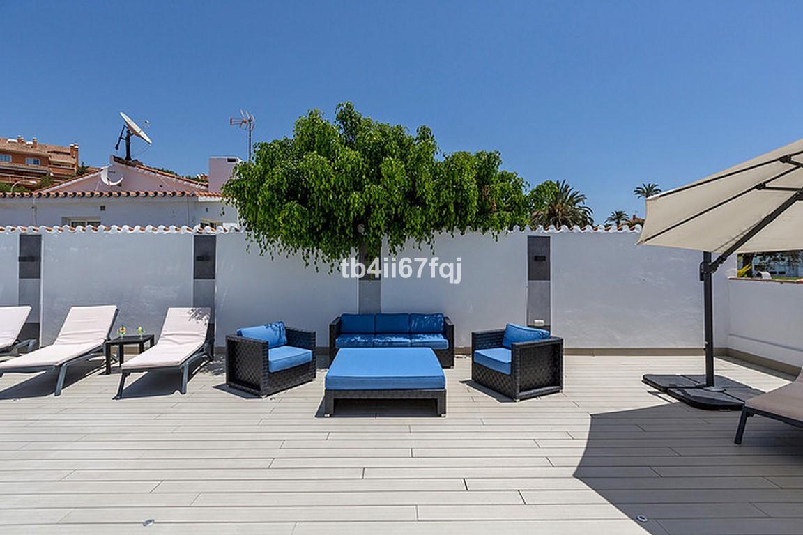 House in Nueva Andalucía R3184408 34