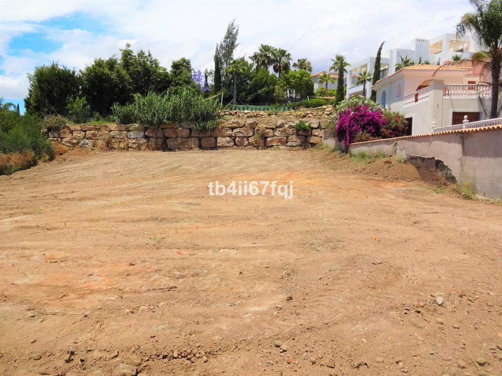 Boligtomt i El Paraiso R3059167