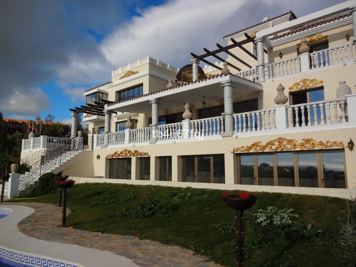 Detached Villa for sale in Los Flamingos R3445066