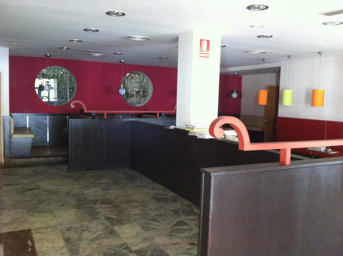 Residential Plot, Malaga Este, Costa del Sol. Garden/Plot 663 m².  Setting : Town, Commercial Area, ,Spain