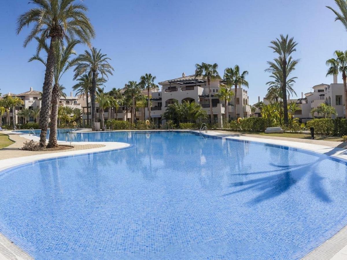 Good and bright apartment in the urbanization La Medina de Banus In the heart of Nueva Andalucia, cl,Spain