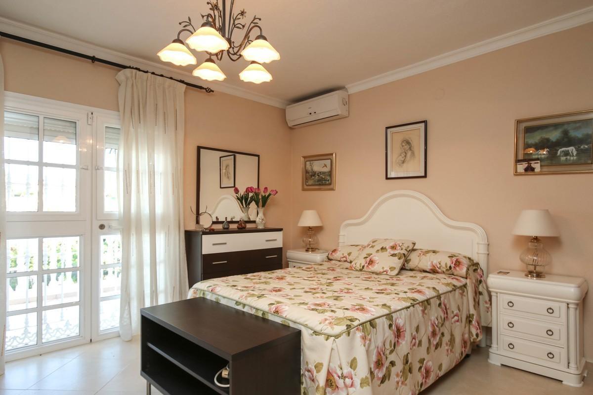 House in Alhaurín de la Torre R3604973 16