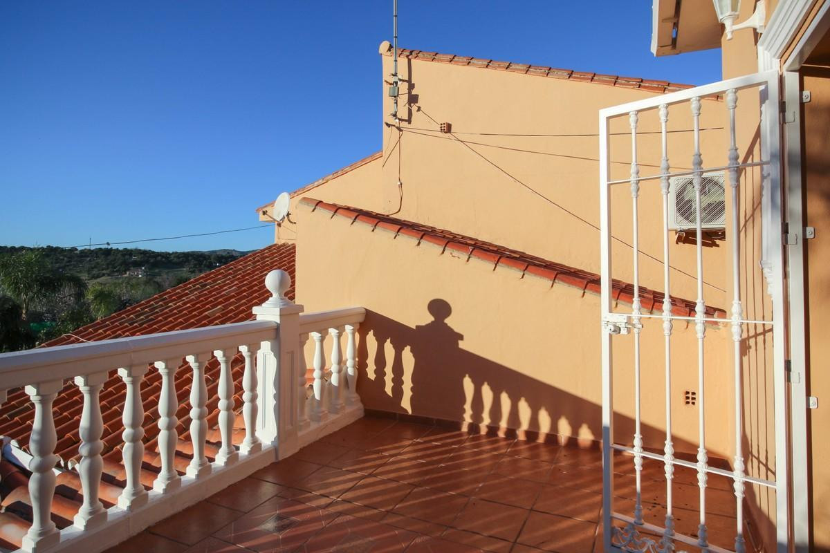 House in Alhaurín de la Torre R3604973 34