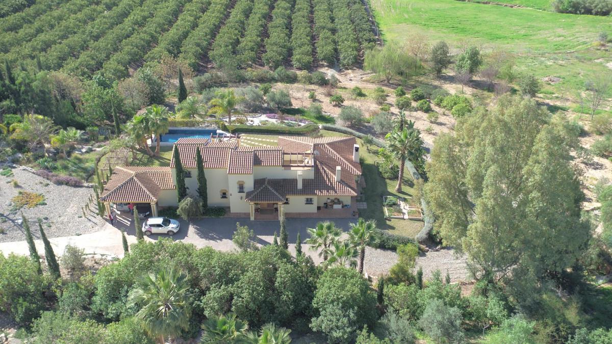 House in Alhaurín de la Torre R3619115 41