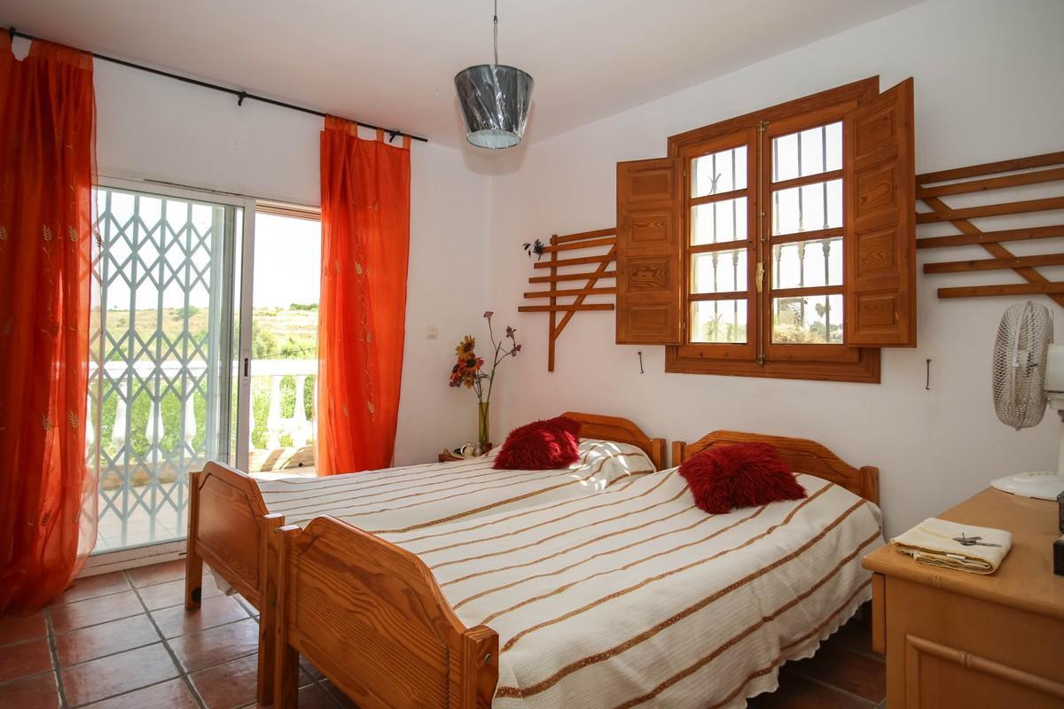 House in Alhaurín el Grande R3809806 18