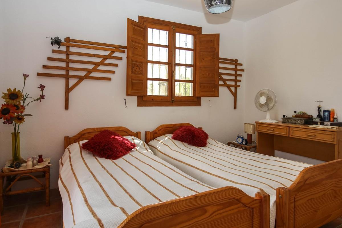 House in Alhaurín el Grande R3809806 19