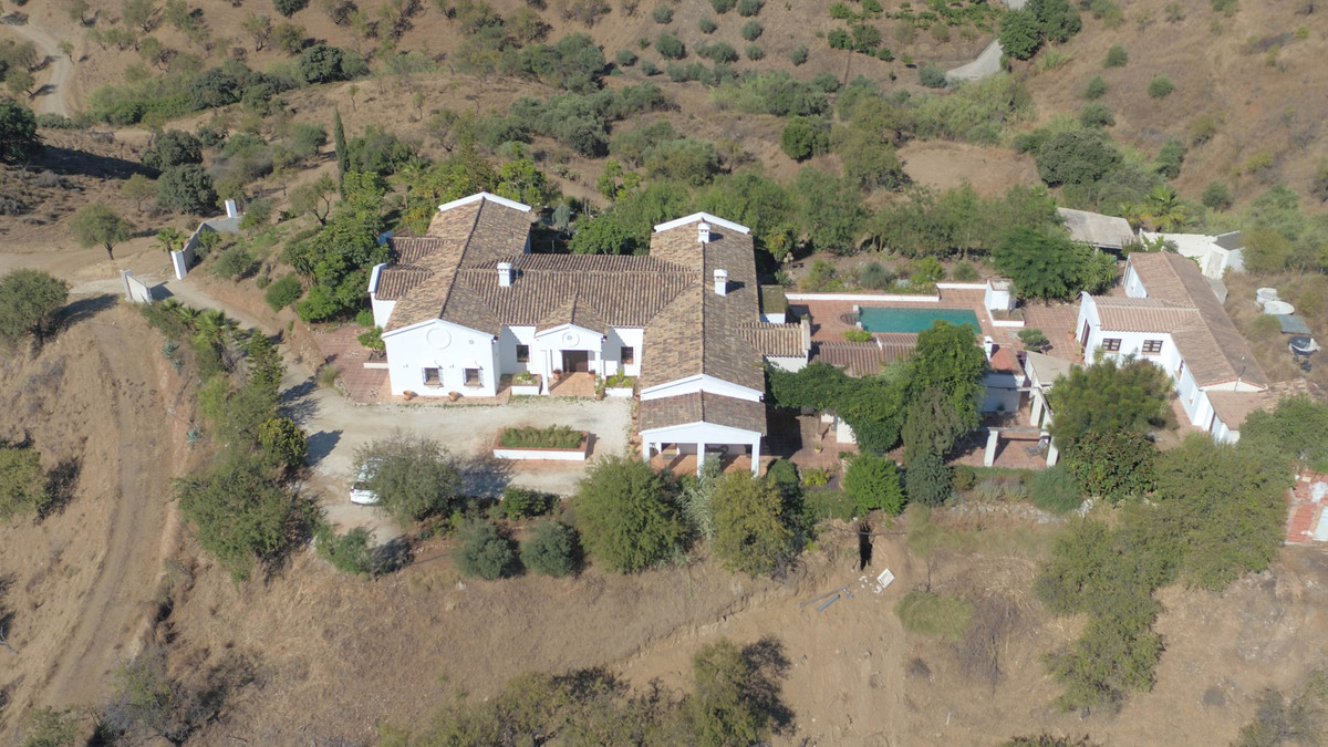 YOGA RETREAT  .   Large villa with separate accommodation .   Panoramic OPEN VIEWS .   Spacious prop,Spain