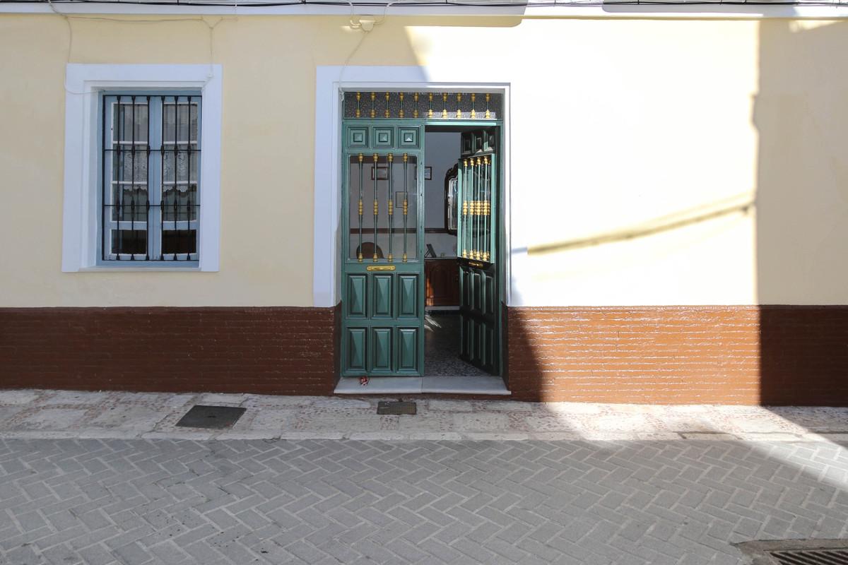 3 Bedroom Townhouse For Sale, Coín