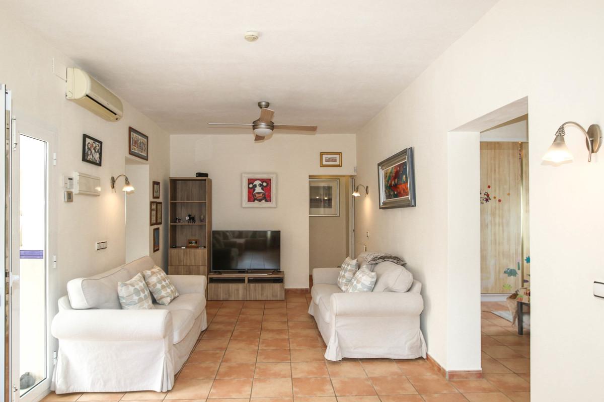 House in Alhaurín el Grande R3722609 9