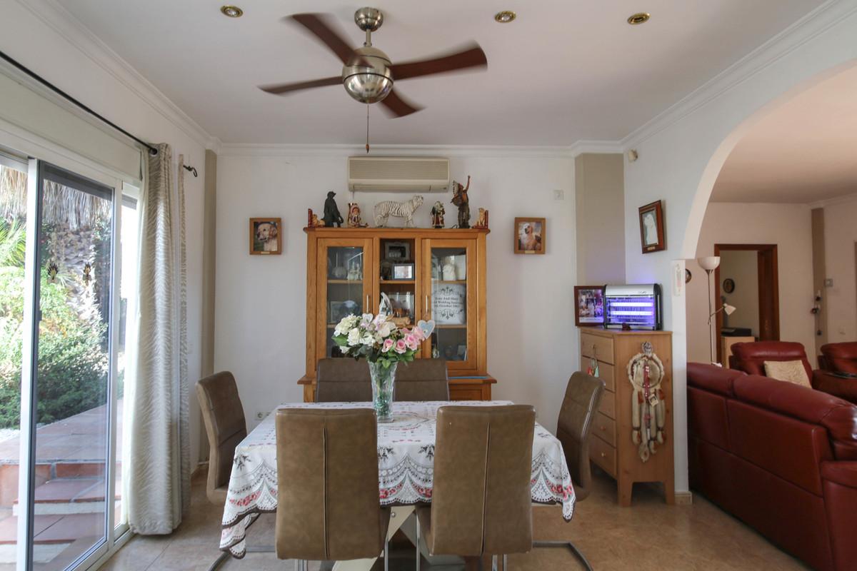 House in Alhaurín de la Torre R3674531 15