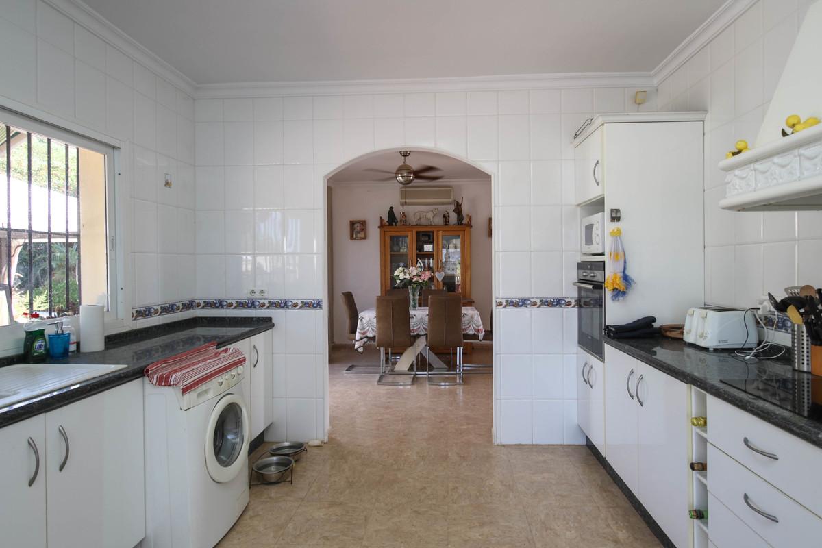 Hus in Alhaurín de la Torre R3674531 16