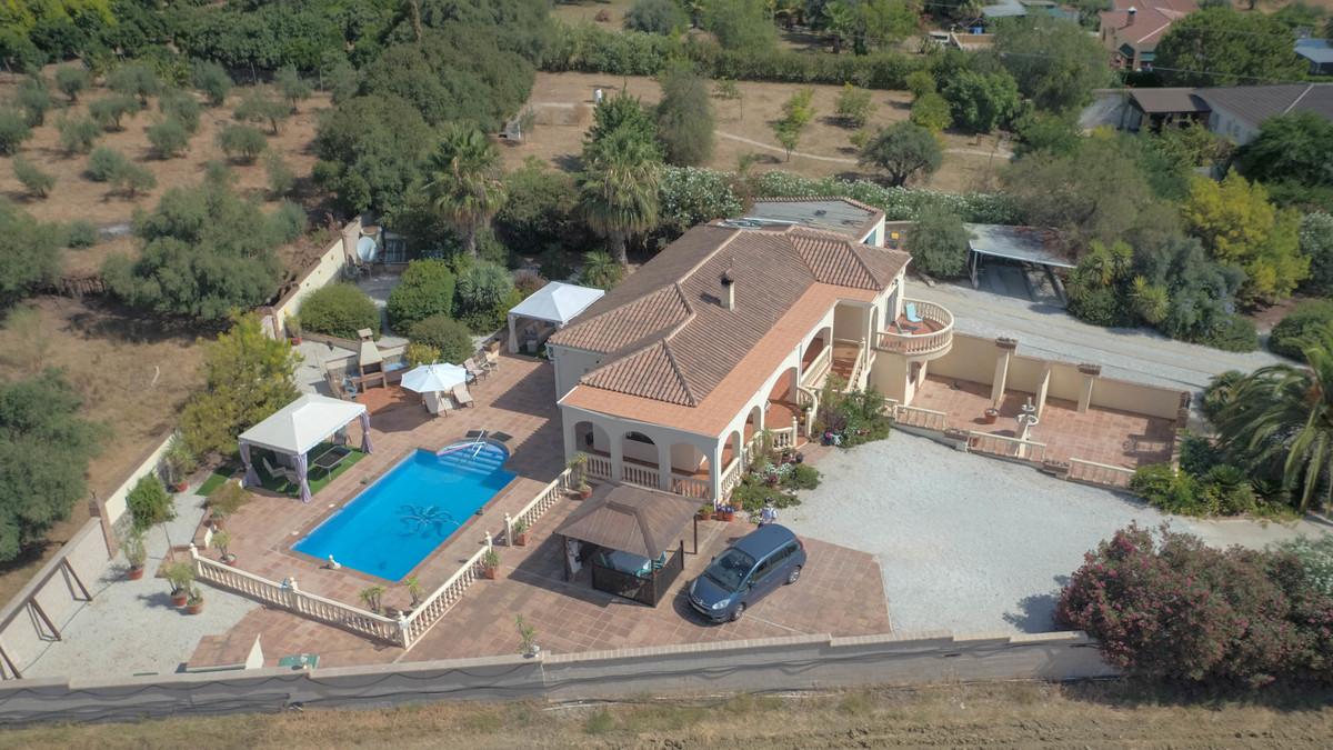 House in Alhaurín de la Torre R3674531 37