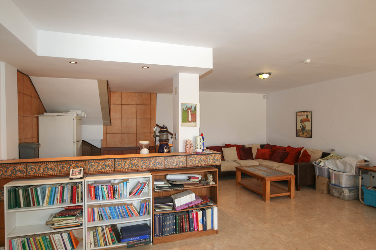 House in Alhaurín de la Torre R3674531 41