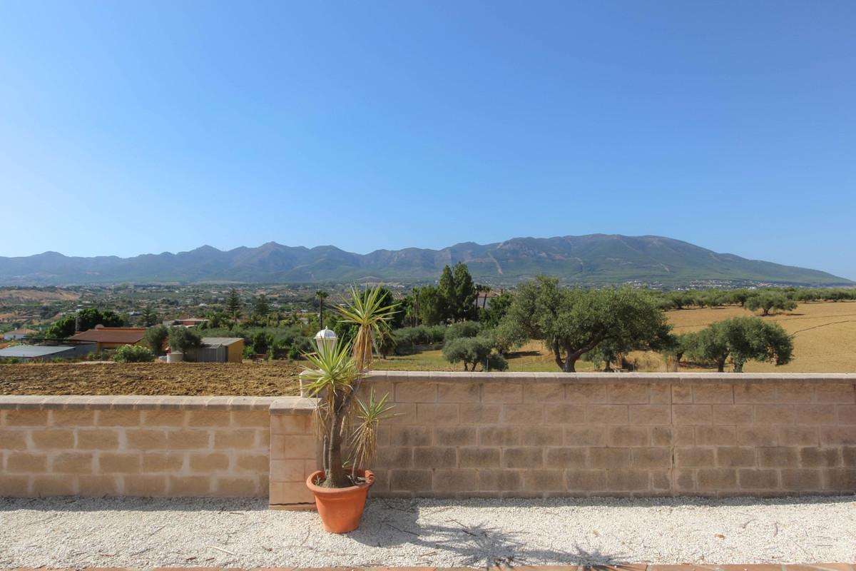 House in Alhaurín de la Torre R3674531 49