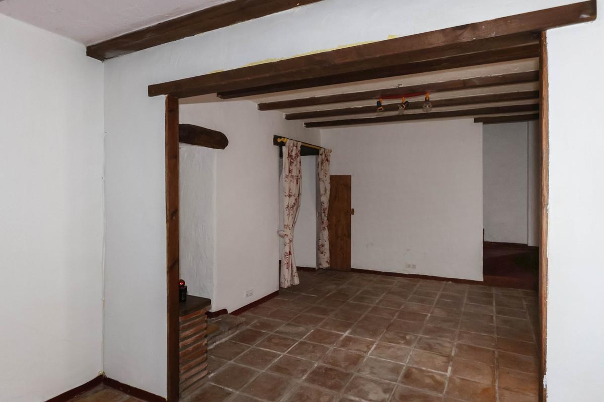 Unifamiliar con 3 Dormitorios en Venta Monda