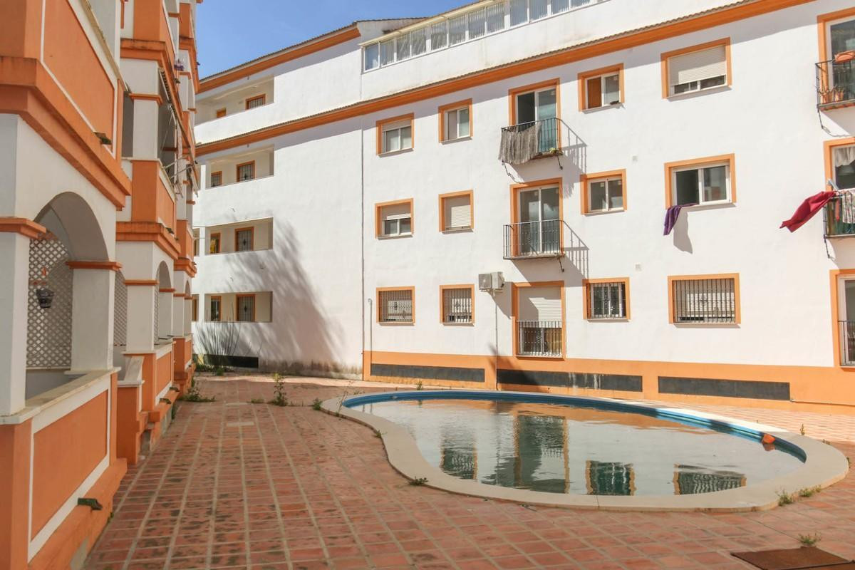 Apartamento Planta Media 2 Dormitorio(s) en Venta Tolox