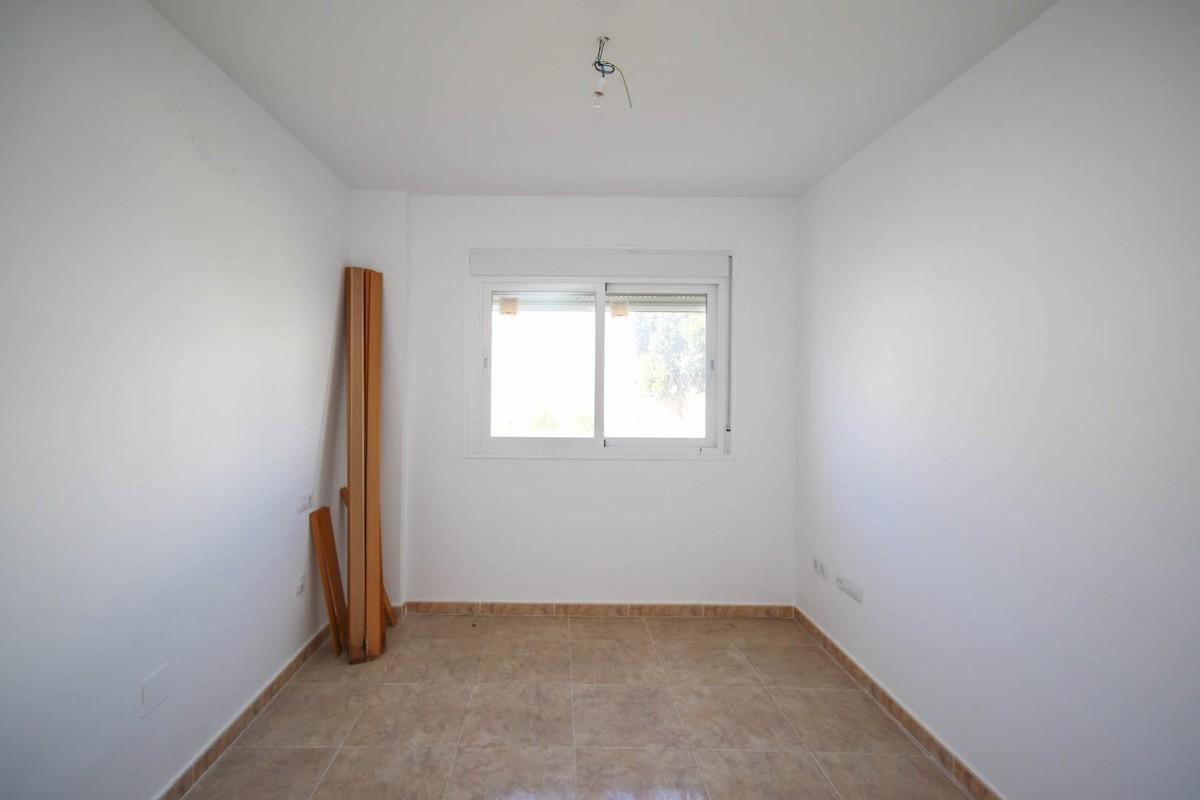 Apartamento con 2 Dormitorios en Venta Tolox