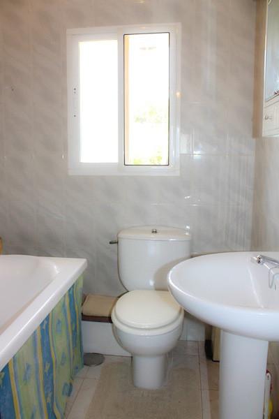 House in Alhaurín de la Torre R2260190 40
