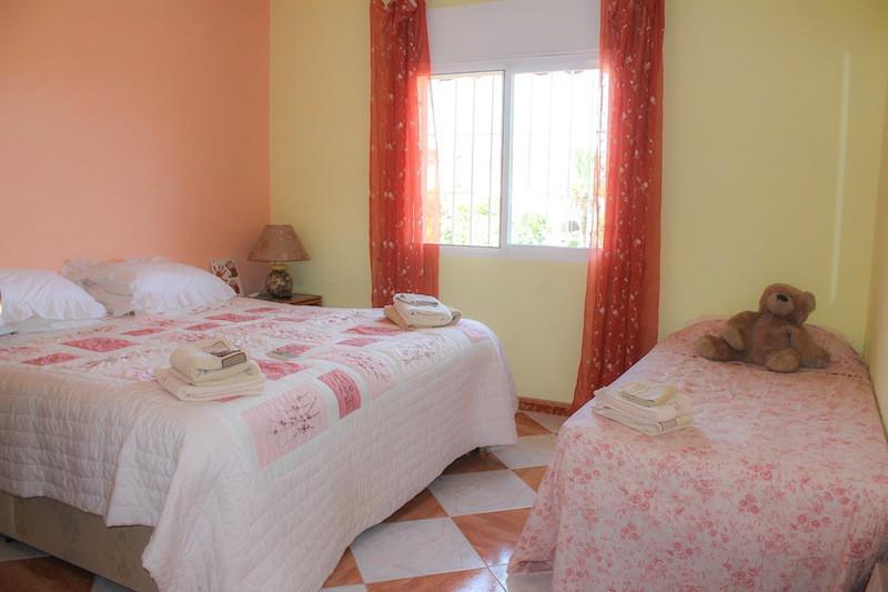 House in Alhaurín de la Torre R2260190 41