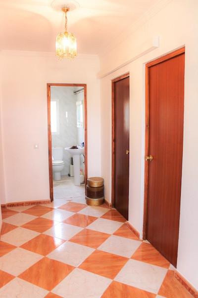House in Alhaurín de la Torre R2260190 48