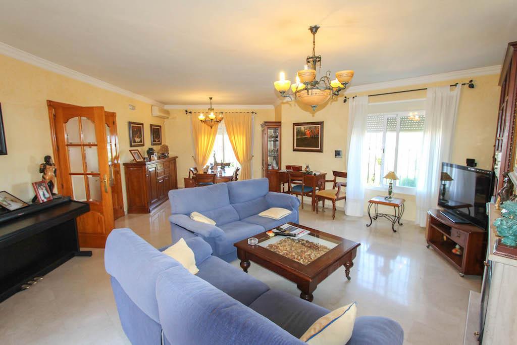 House in Alhaurín de la Torre R2505746 11