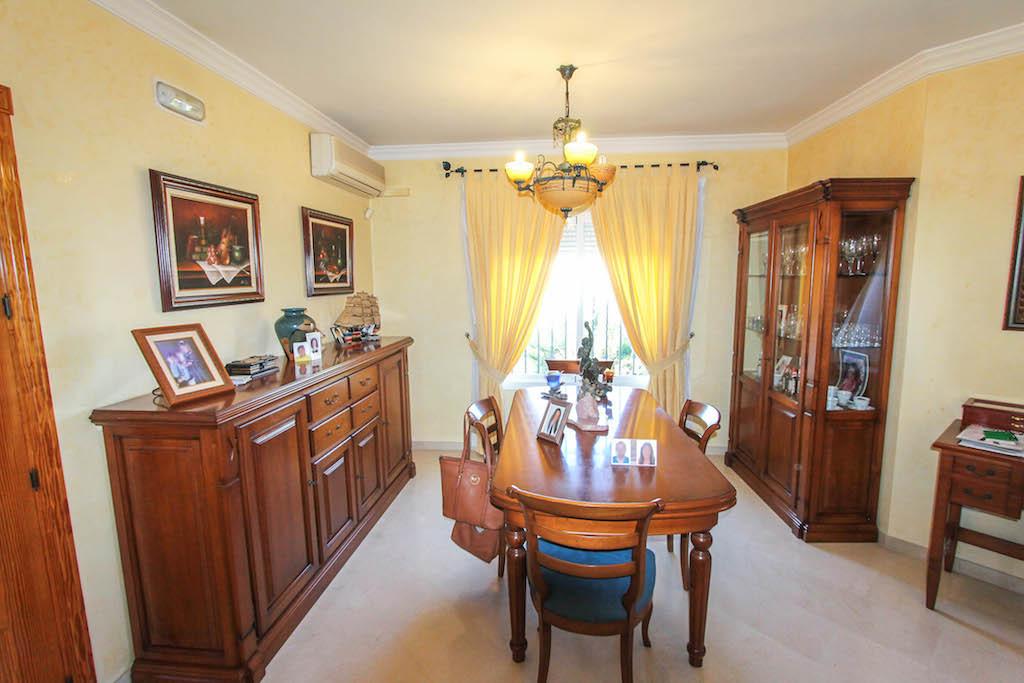 House en Alhaurín de la Torre R2505746 12