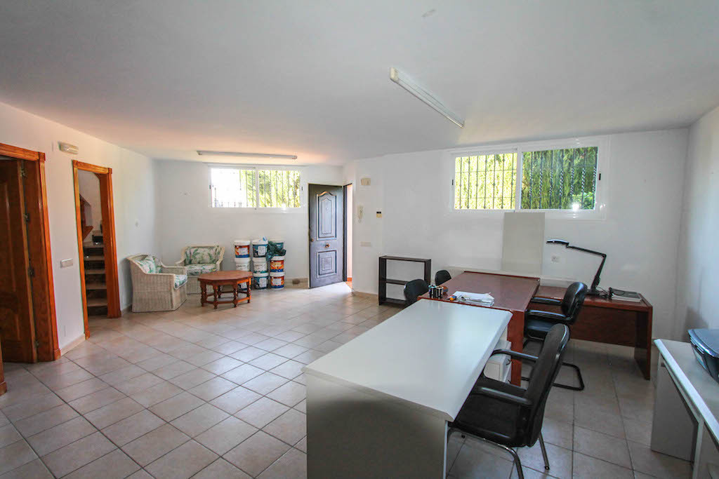 House in Alhaurín de la Torre R2505746 37