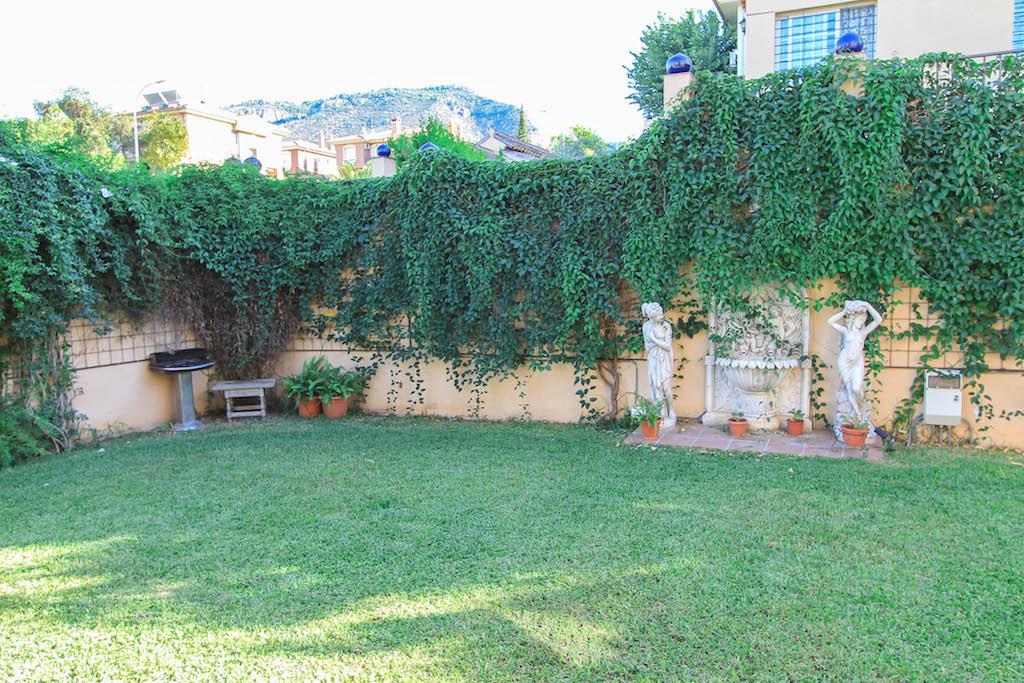House in Alhaurín de la Torre R2505746 4