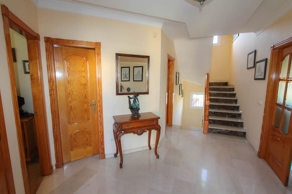 House en Alhaurín de la Torre R2505746 7