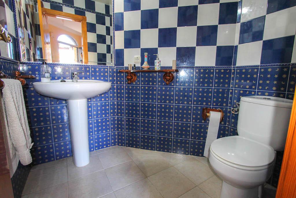 House in Alhaurín de la Torre R2505746 8