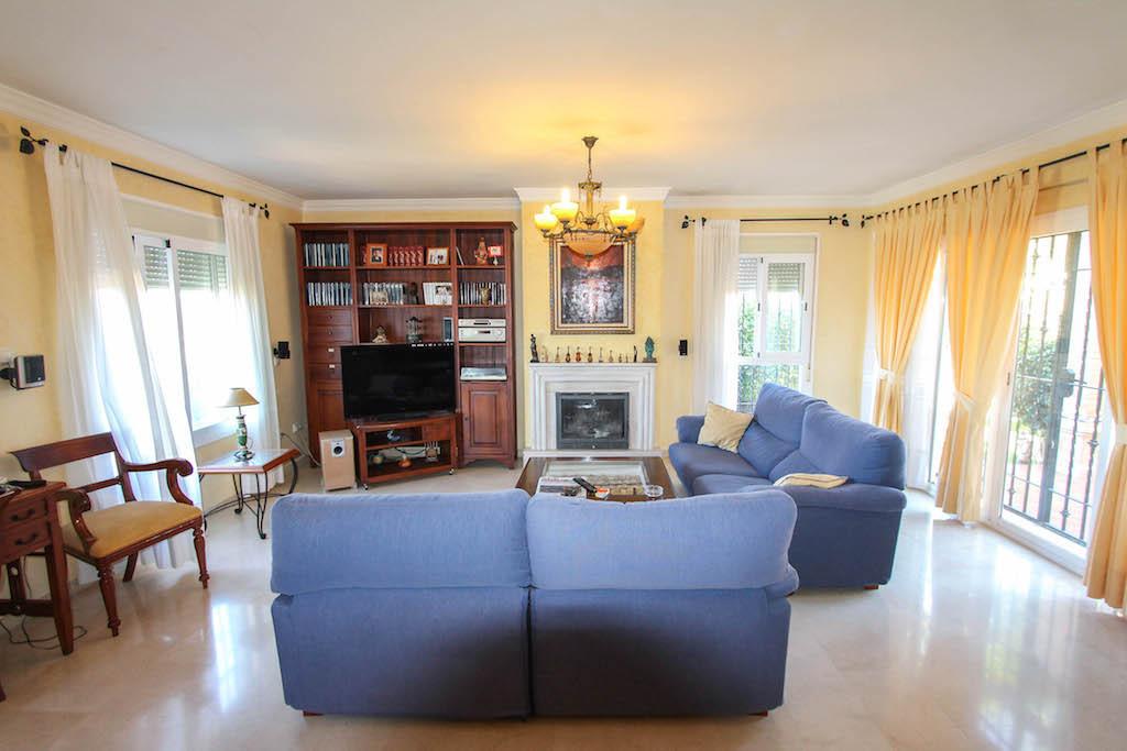 House in Alhaurín de la Torre R2505746 9