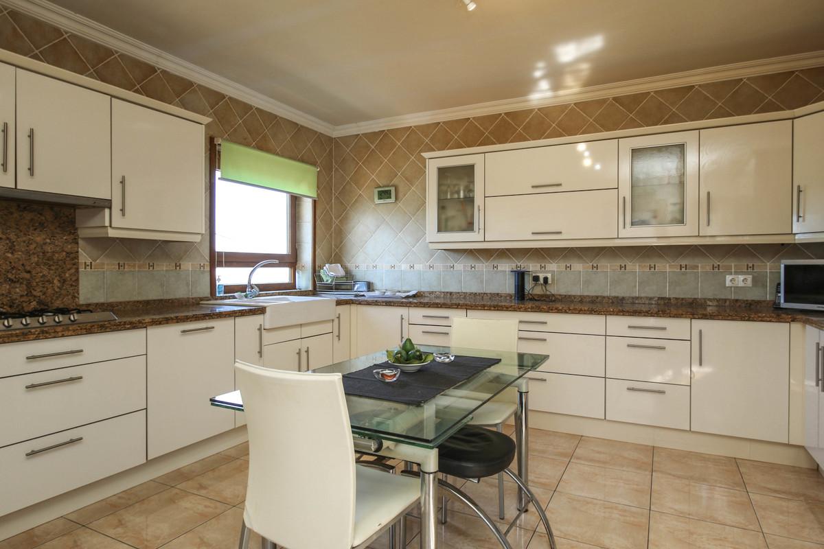 House in Alhaurín el Grande R3728938 14