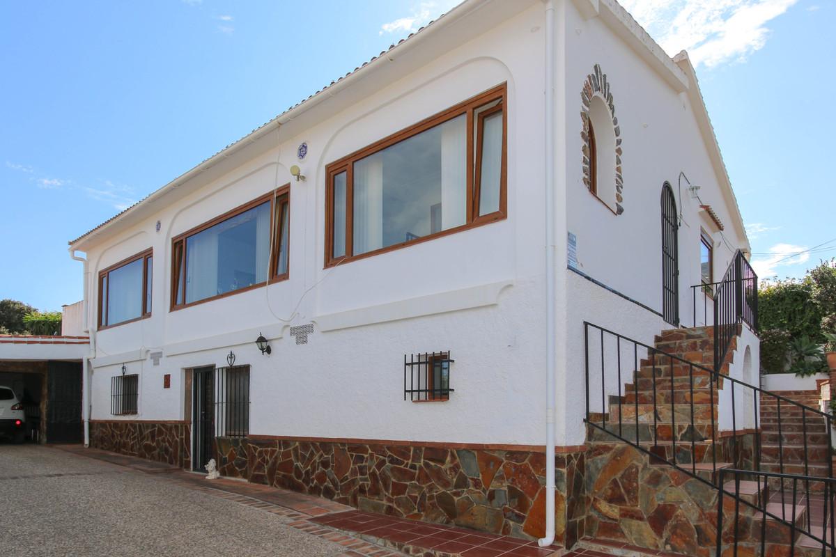 House in Alhaurín el Grande R3728938 2