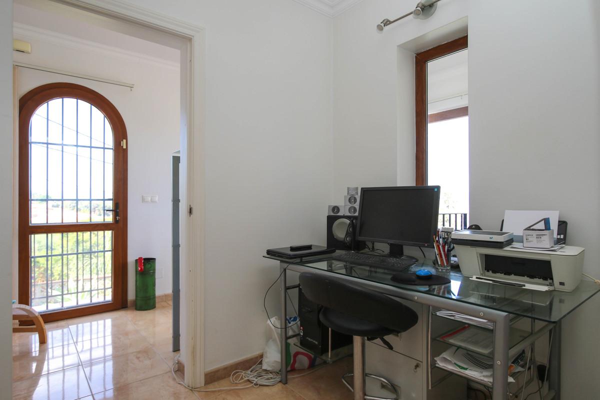 House in Alhaurín el Grande R3728938 29