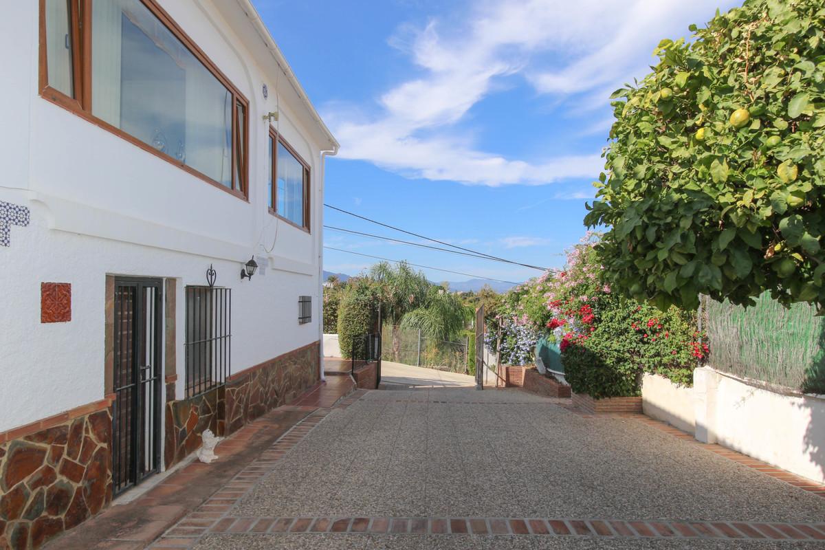 House in Alhaurín el Grande R3728938 44