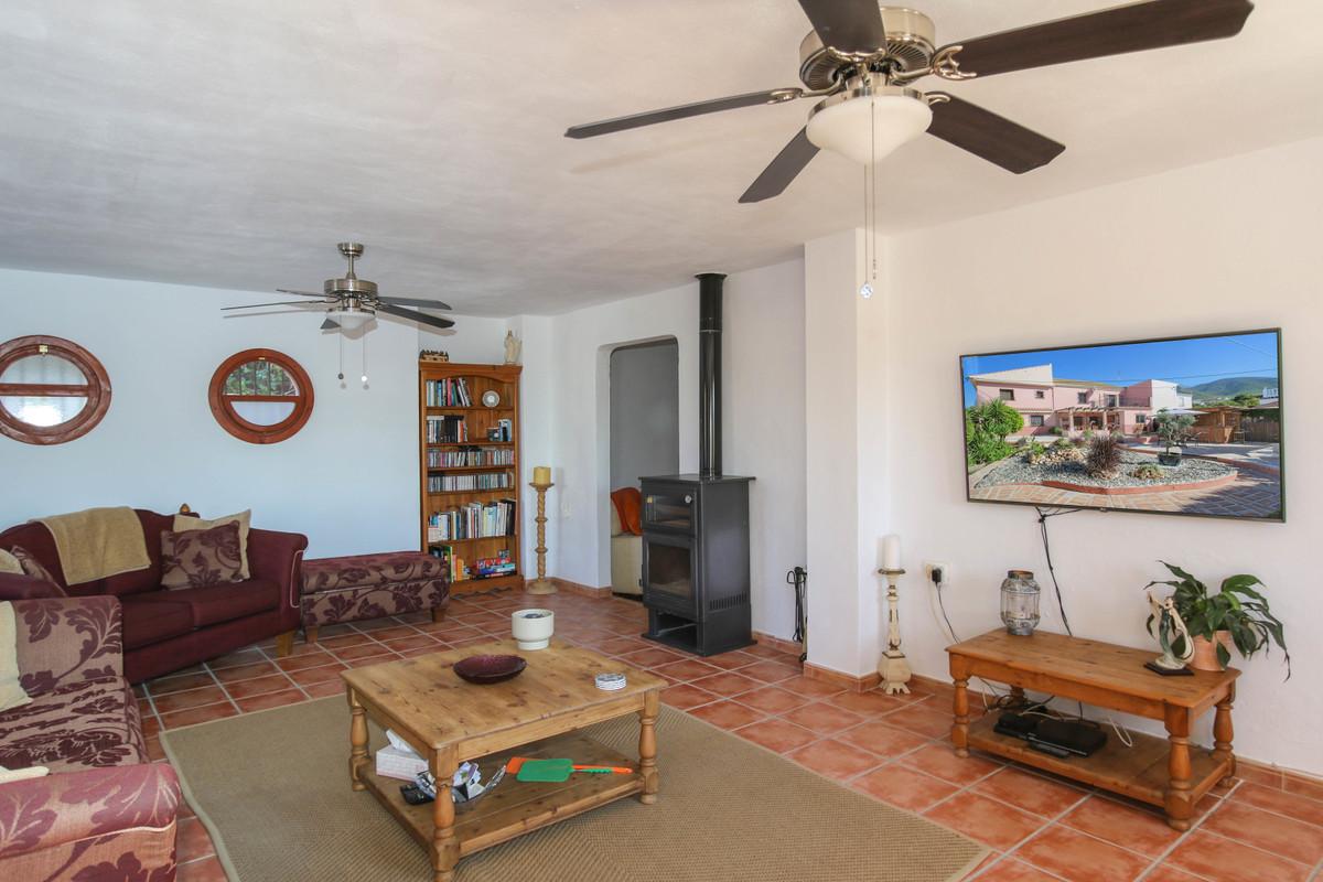 House in Alhaurín el Grande R3733957 10