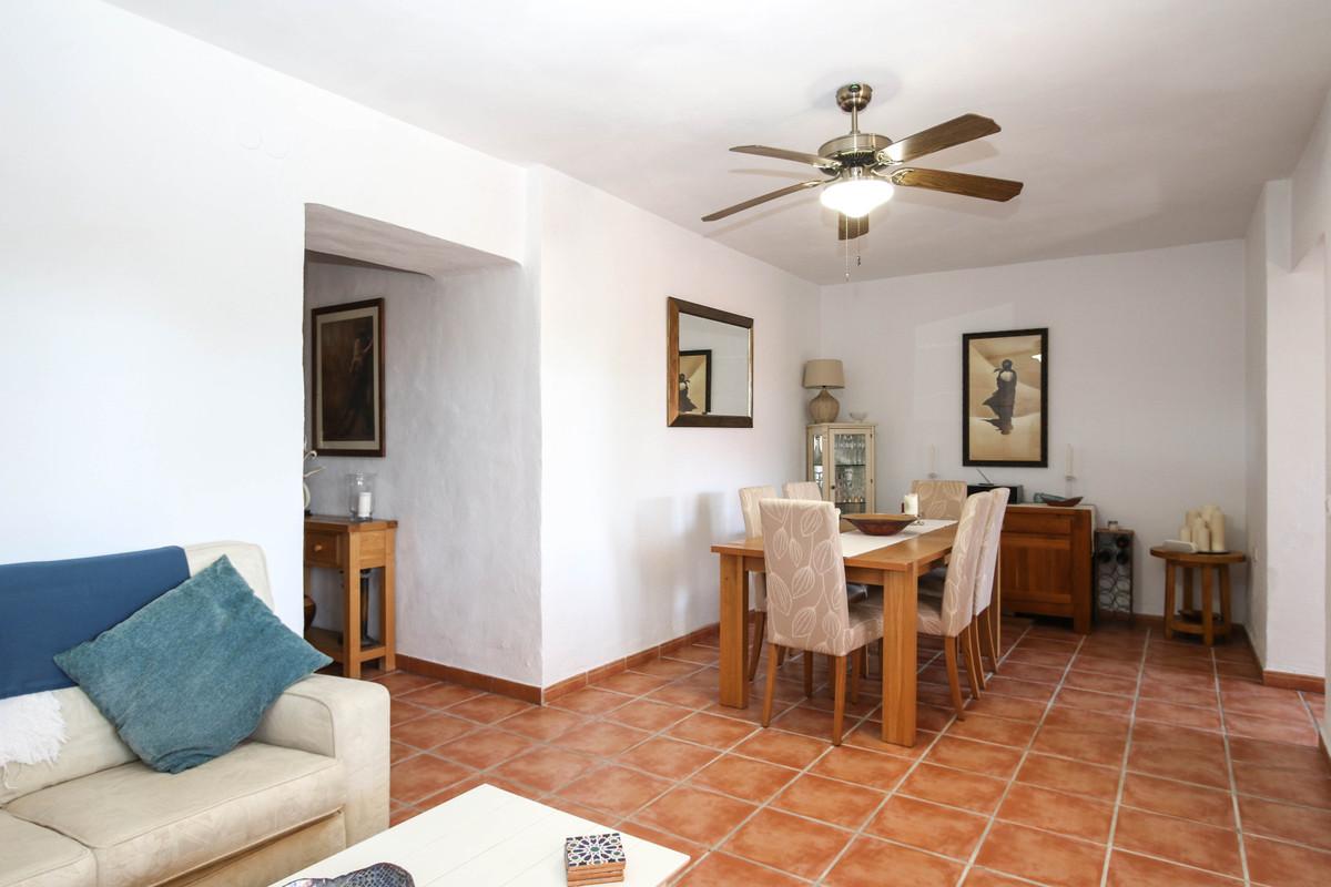 House in Alhaurín el Grande R3733957 14
