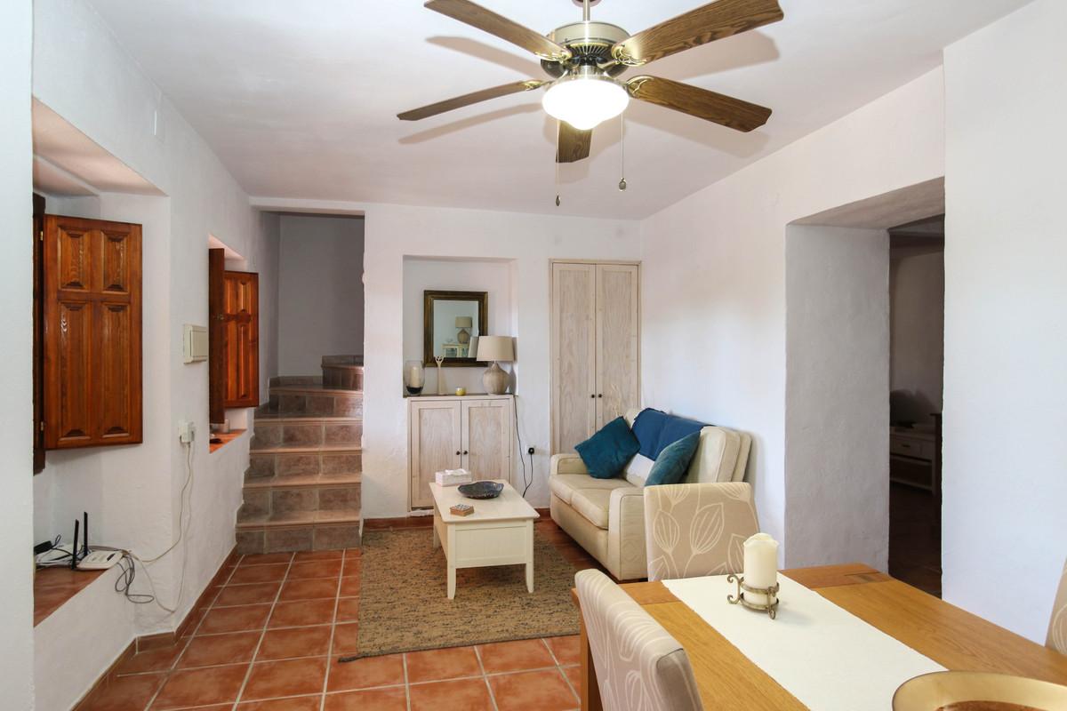 House in Alhaurín el Grande R3733957 18