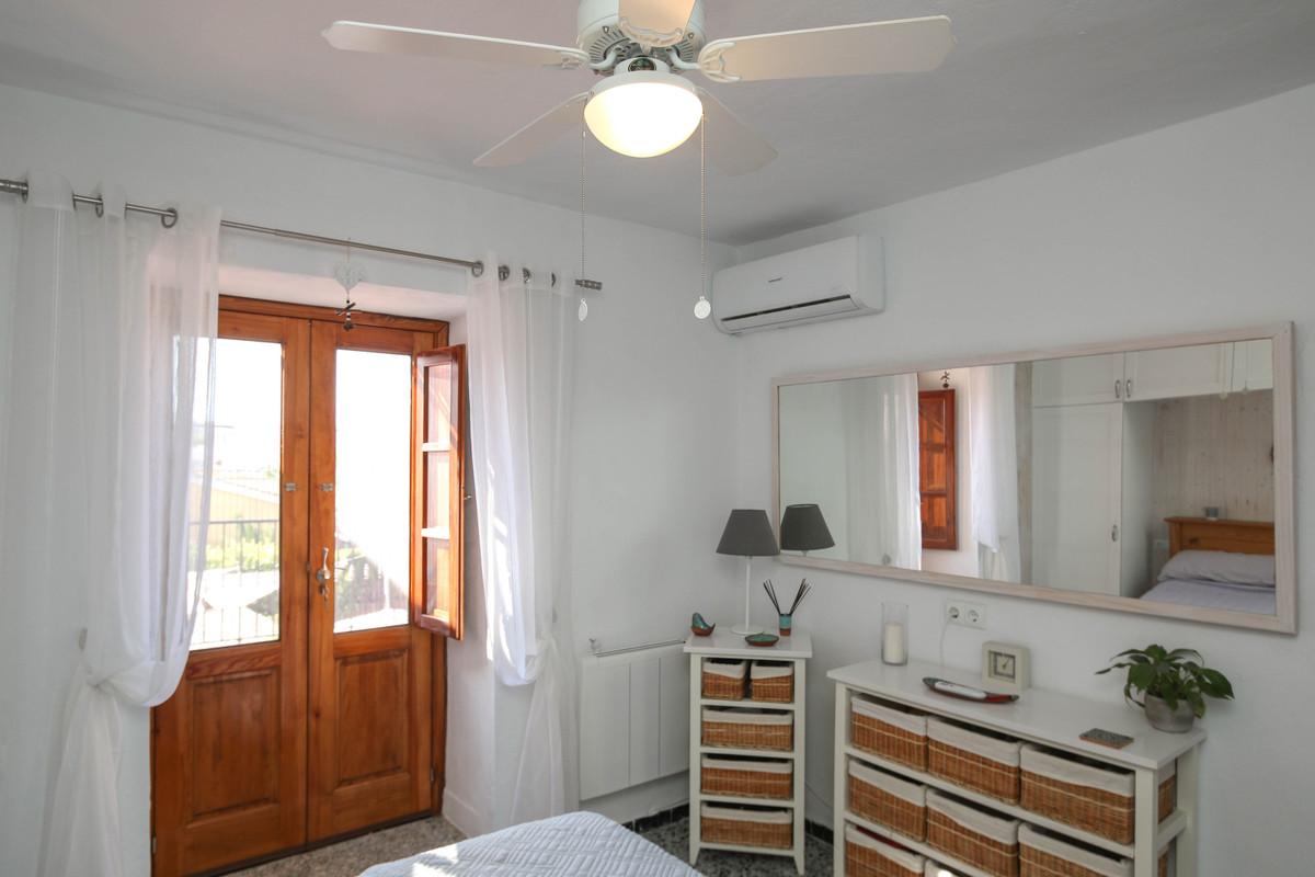 House in Alhaurín el Grande R3733957 25