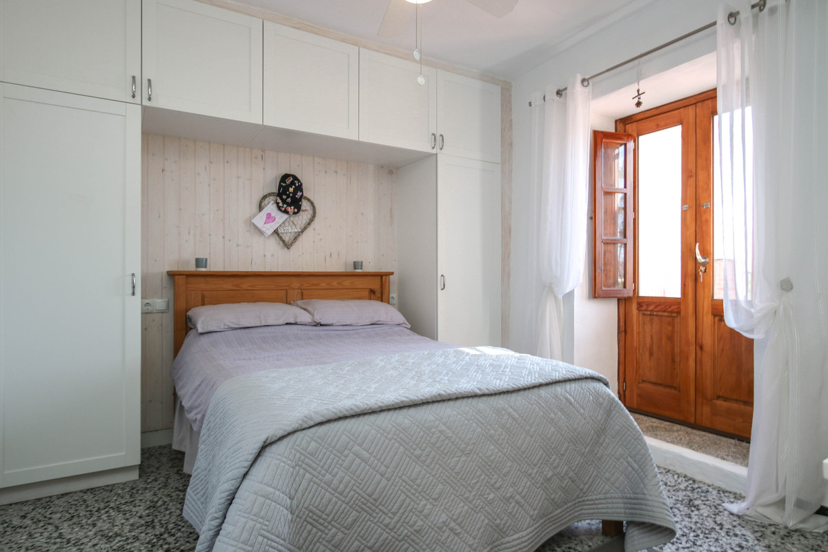 House in Alhaurín el Grande R3733957 26