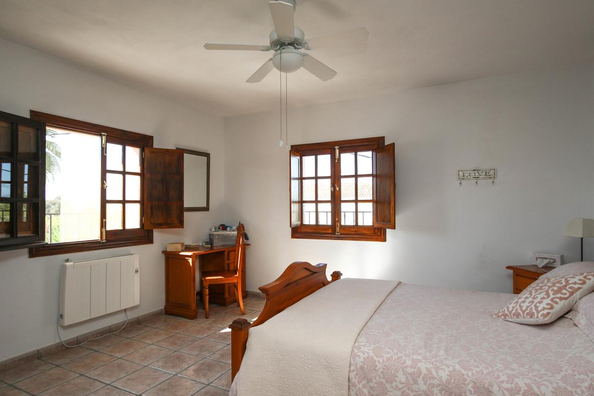 House in Alhaurín el Grande R3733957 29