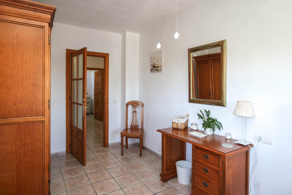 House in Alhaurín el Grande R3733957 31