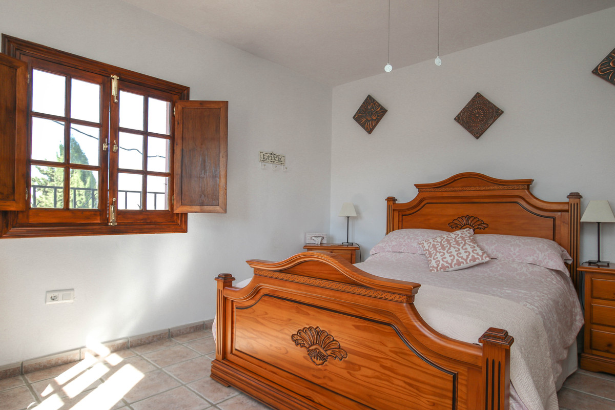 House in Alhaurín el Grande R3733957 32