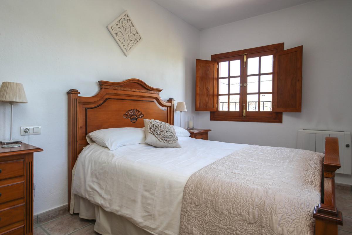 House in Alhaurín el Grande R3733957 34