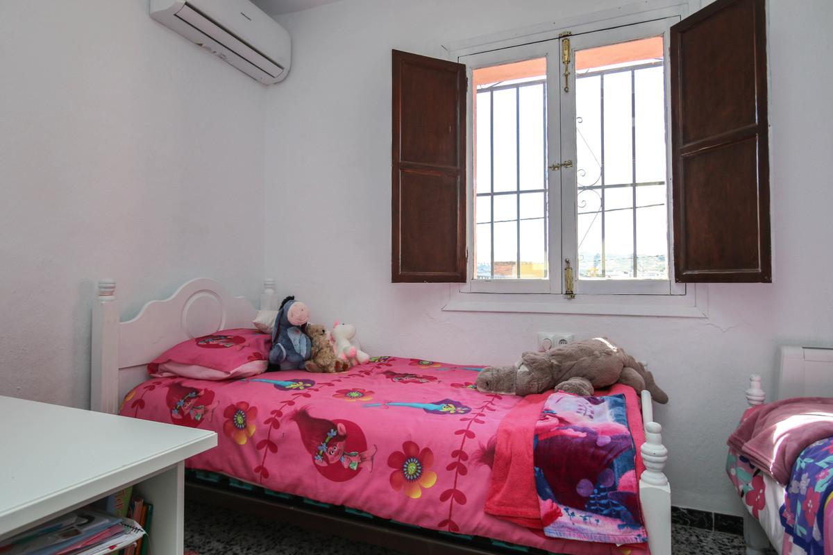 House in Alhaurín el Grande R3733957 35