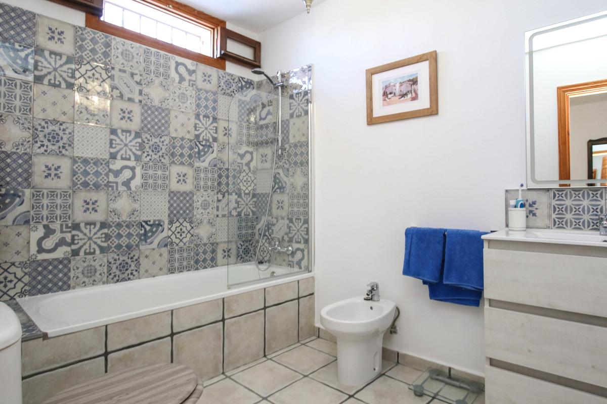 House in Alhaurín el Grande R3733957 39
