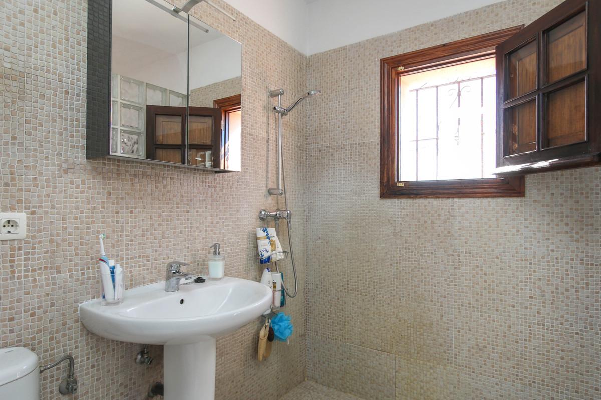 House in Alhaurín el Grande R3733957 47