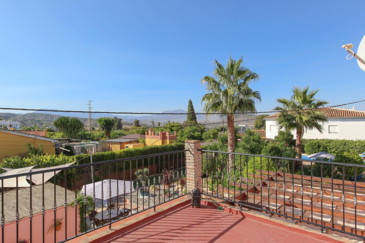 House in Alhaurín el Grande R3733957 48
