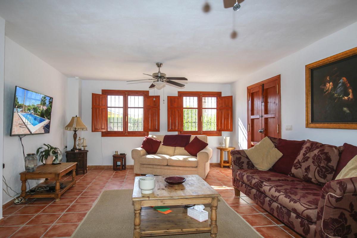 House in Alhaurín el Grande R3733957 5