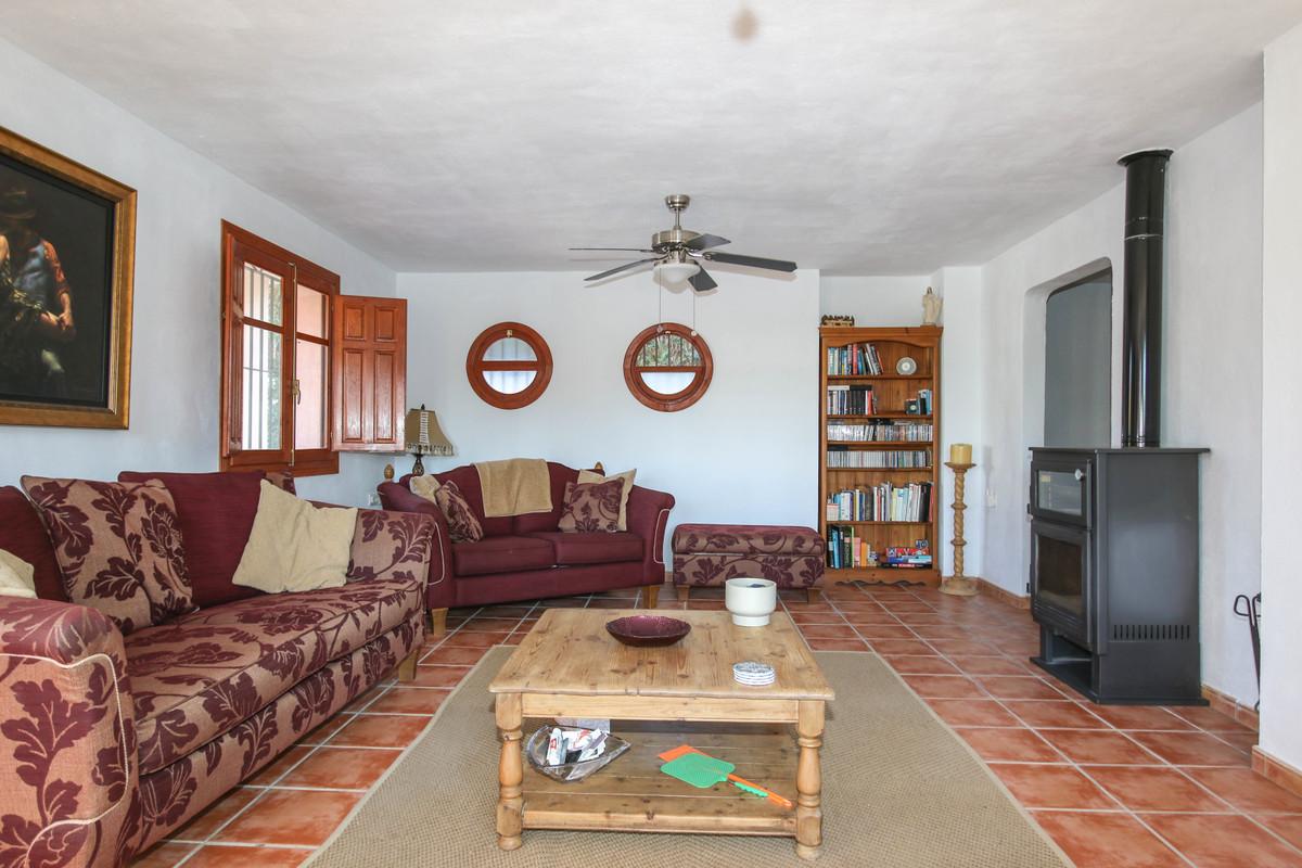House in Alhaurín el Grande R3733957 6